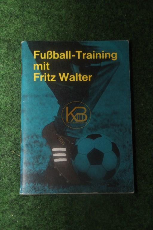 Fußball-Training mit Fritz Walter