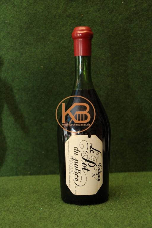ROTWEIN 1950/60  importiert von Adolf (Adi) Dassler, Gründer von Adidas)  ungeöffnete Flasche. 2/2