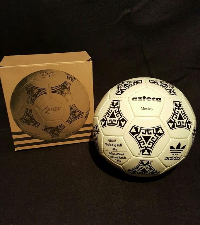 ADIDAS Azteca der offizielle Spielball von der WM 1986 in Mexiko mit Originalverpackung.