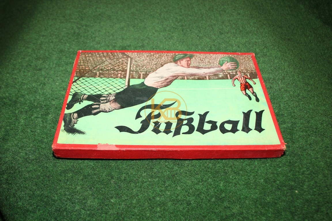 """Altes Brettspiel """"Fussball"""" aus den ca. 1950ern."""