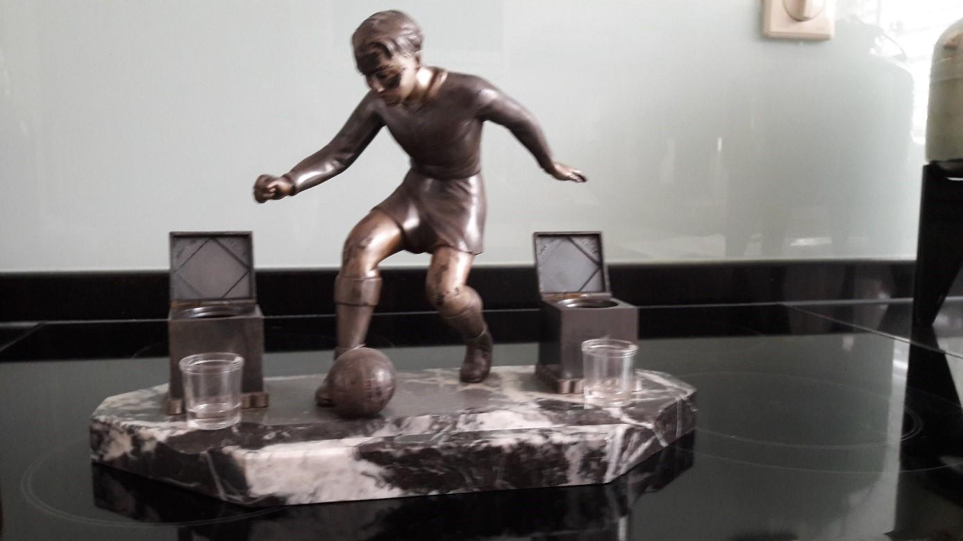 Die Skulptur vor dem Versand mit Post.nl und Hermes 1/2