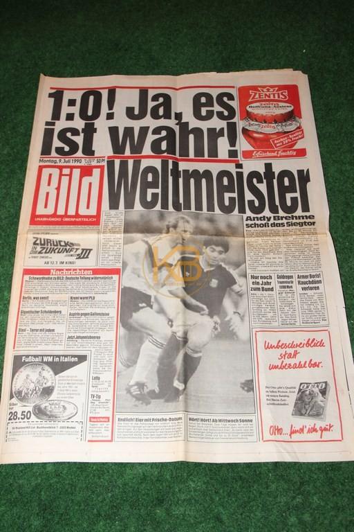 Bild Zeitung am Tag nach dem Gewinn der Weltmeisterschaft 1990.
