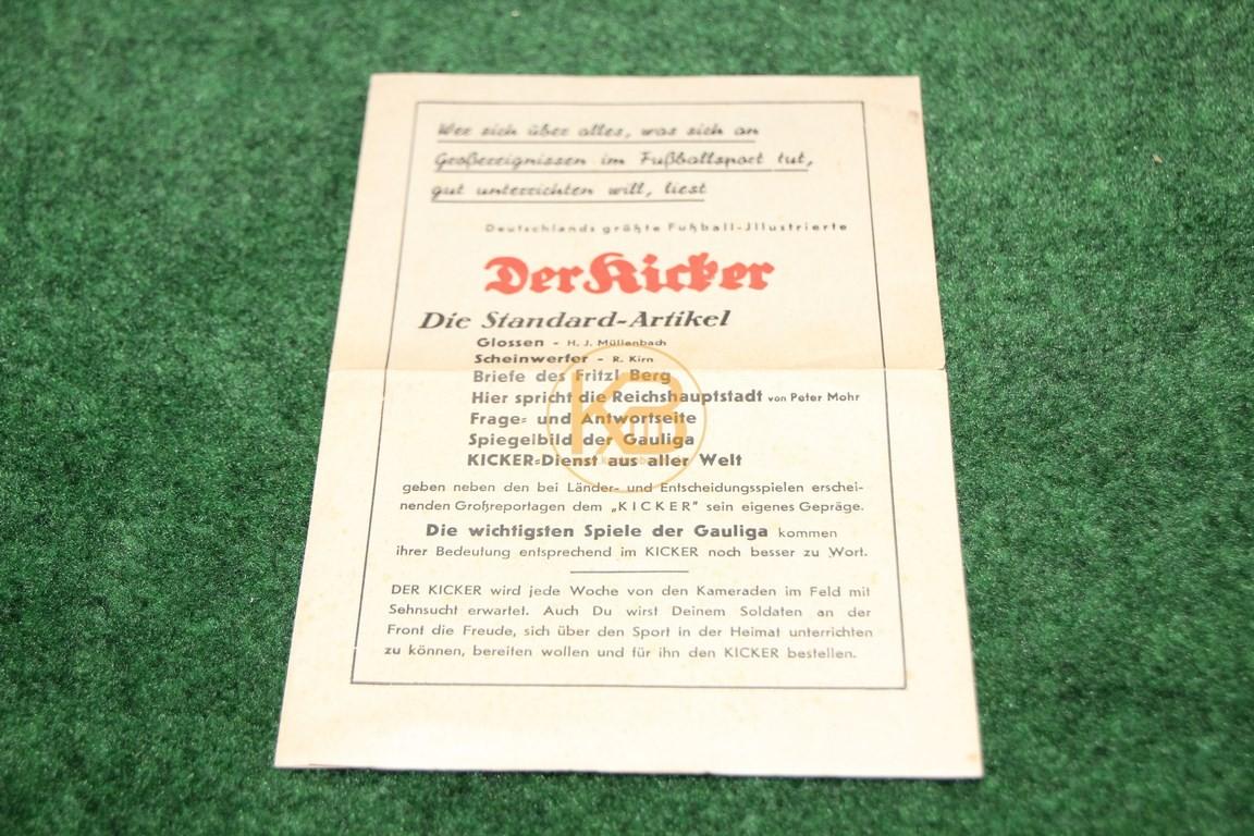 Werbung für Deutschlands größte Fußball-Illustrierte Der Kicker