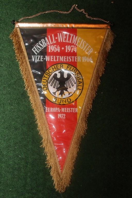 Fußballwimpel zum Weltmeistertitel 1974 1/2
