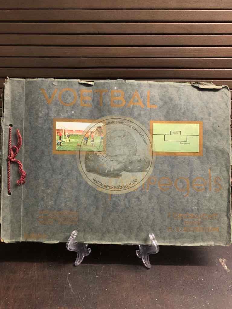 Fußballsammelalbum ausgegeben von Philips Cigarettes Tabaksindustrie v / h Gebr. Philips in Maastricht aus dem Jahr 1930 komplett- 2. Album