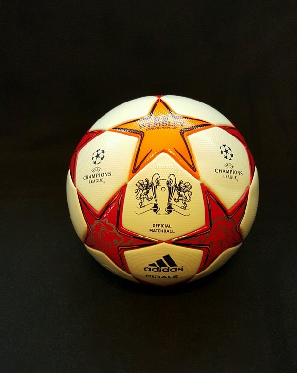 Der offizielle Spielball der ADIDAS Champions League Final Ball vom Finale 2011 in London.