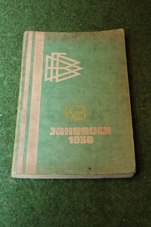 DFB Jahrbuch aus dem Jahr 1930.
