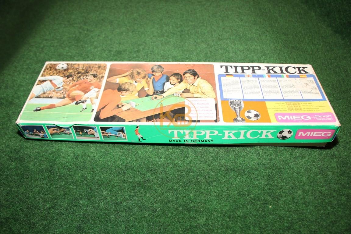 Altes Tipp-Kick Spiel aus den 1970ern.