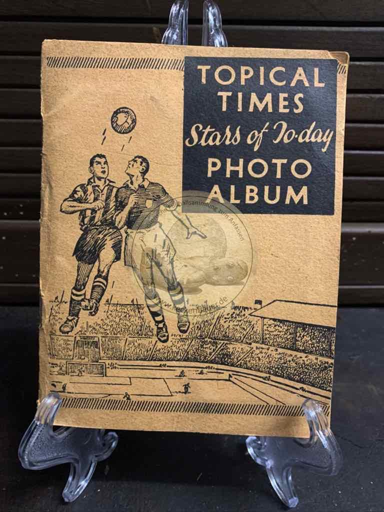 Englische Fußballsammelalbum Topical Times aus dem Jahr 1938, natürlich komplett.