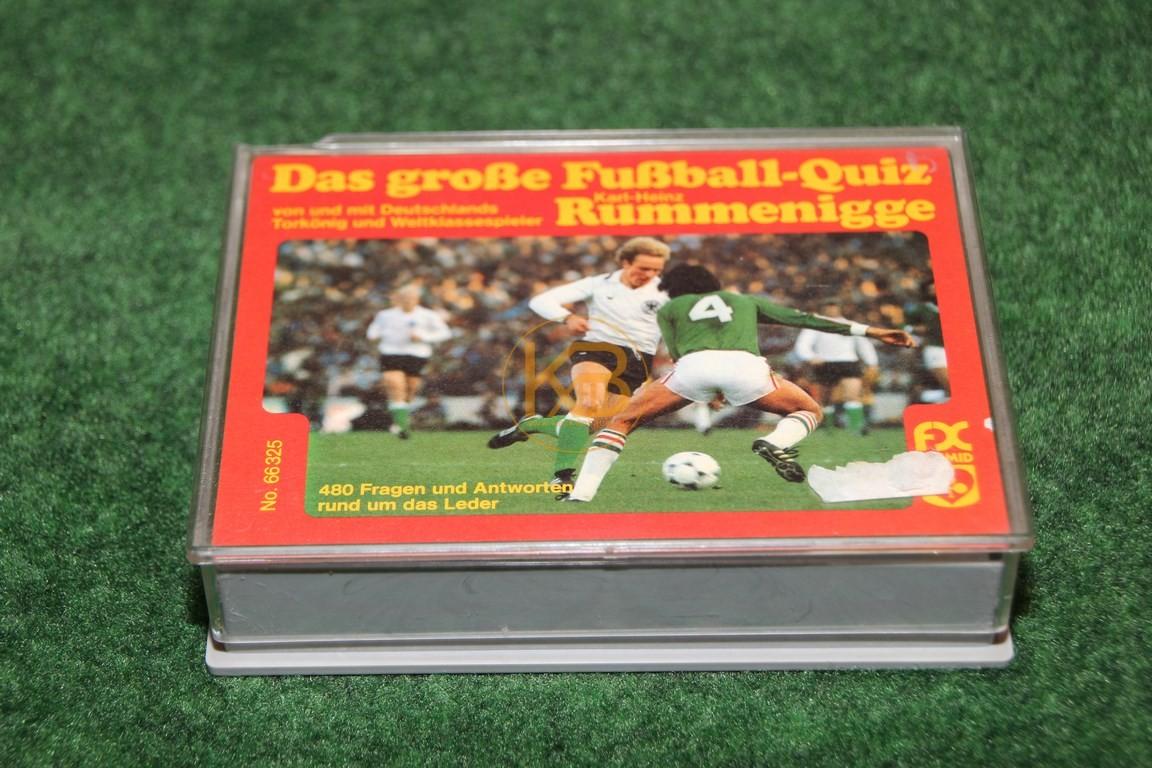 Das große Fußball-Quiz von und mit Karl Heinz Rummenigge 66325 von Schmid ca. aus den späten 1970ern. 480 Fragen und Antworten rund um das Leder.