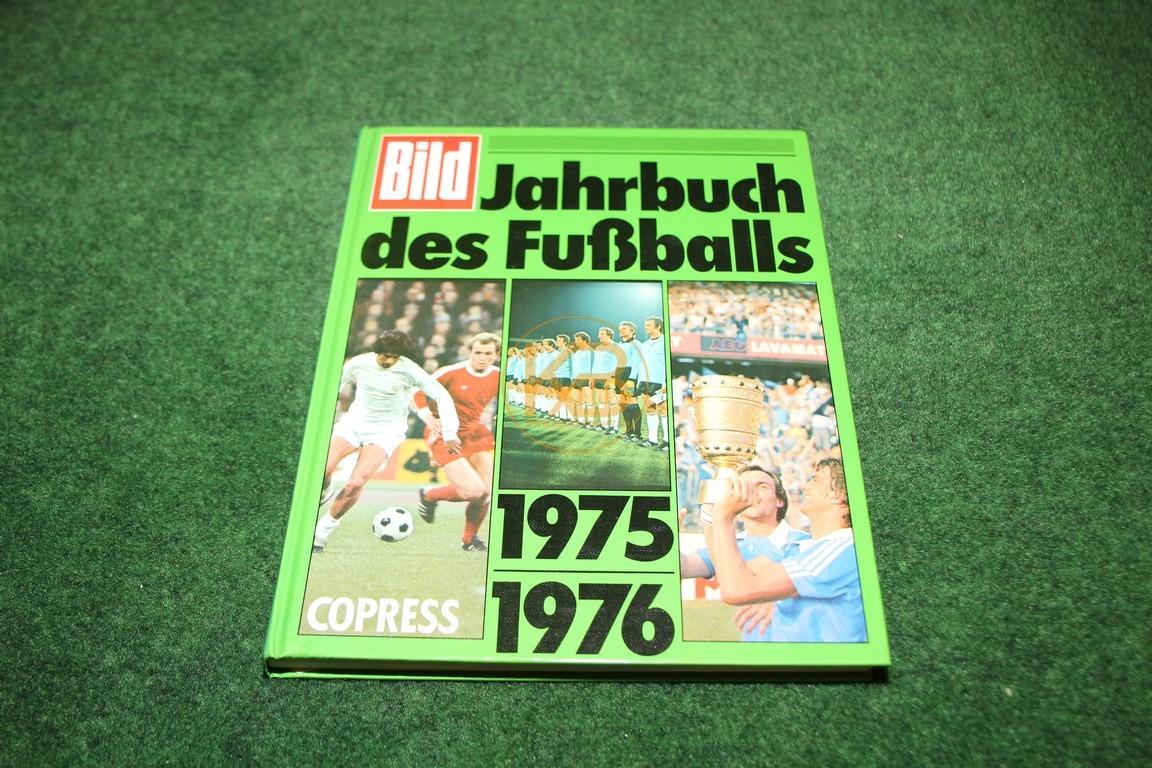 Bild Jahrbuch des Fußballs 1975/1976 vom Copress Verlag.