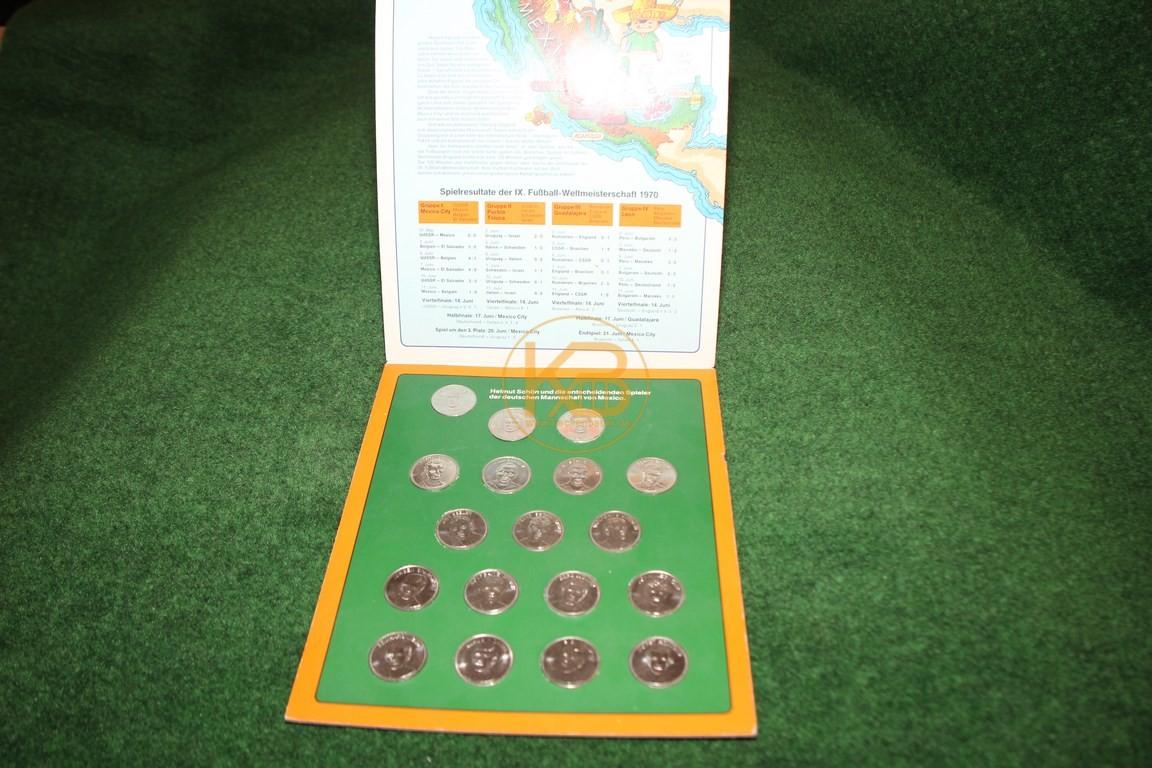 Sammelmünzen zur Weltmeisterschaft 1970 in Mexiko.
