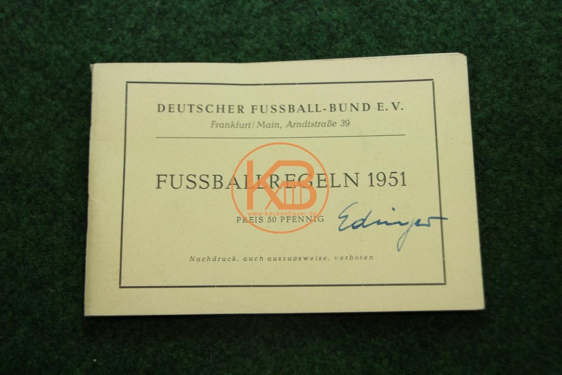 Fußballregeln aus dem Jahr 1951 vom Deutschen Fußballbund