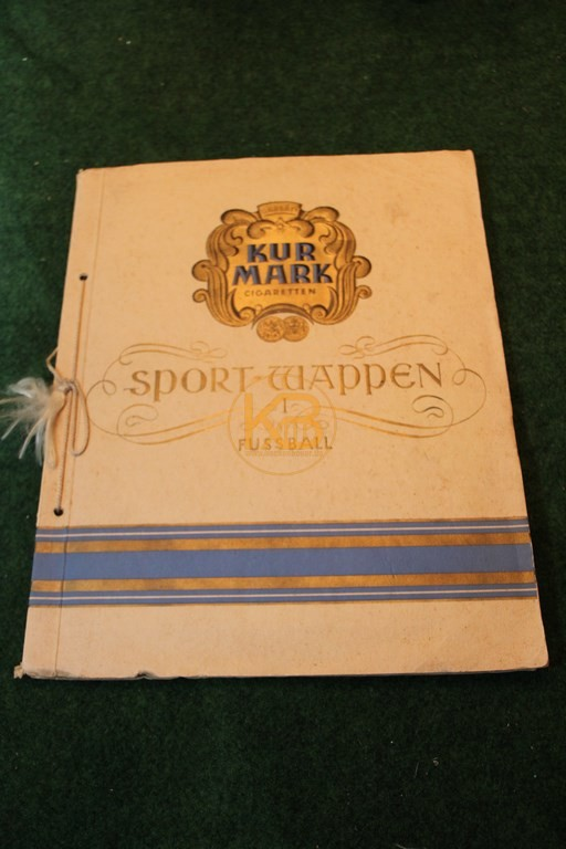 Kur Mark Cigaretten Sport Wappen Sammelalbum Fußball 1930/31 natürlich komplett.