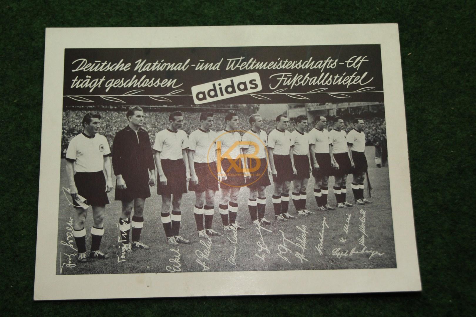Adidas Werbung mit den Weltmeistern von 1954.