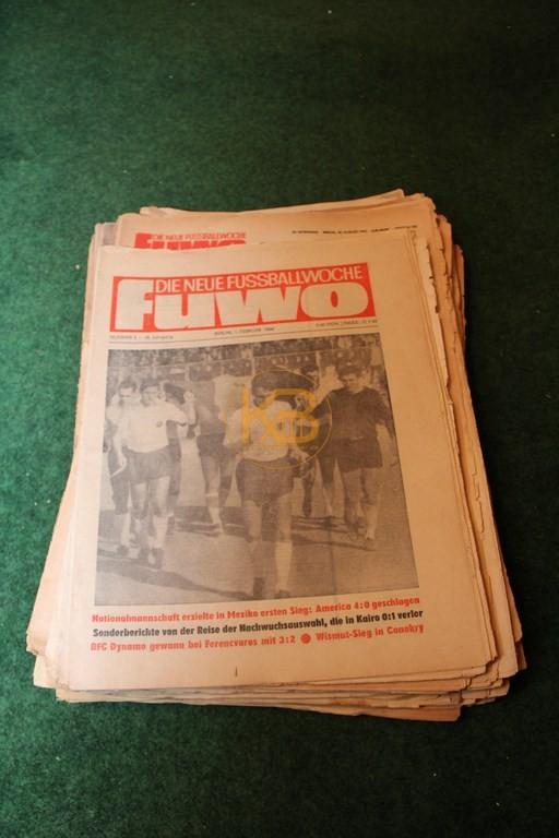 Die neue Fußballwoche aus dem Zeitraum 01.02.1966 - 25.08.1970 44 Ausgaben