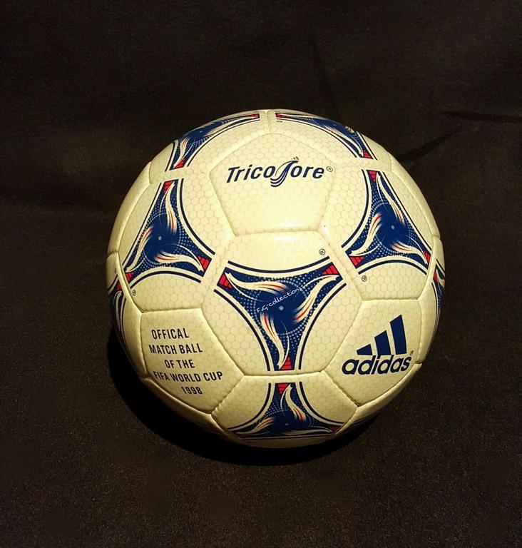 ADIDAS Tricolore der offizielle Spielball von der WM 1998 in Frankreich.