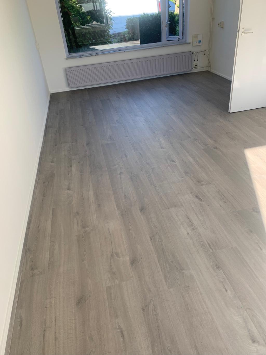 80 m² Quick-Step Zachte Eik Grijs te Lent