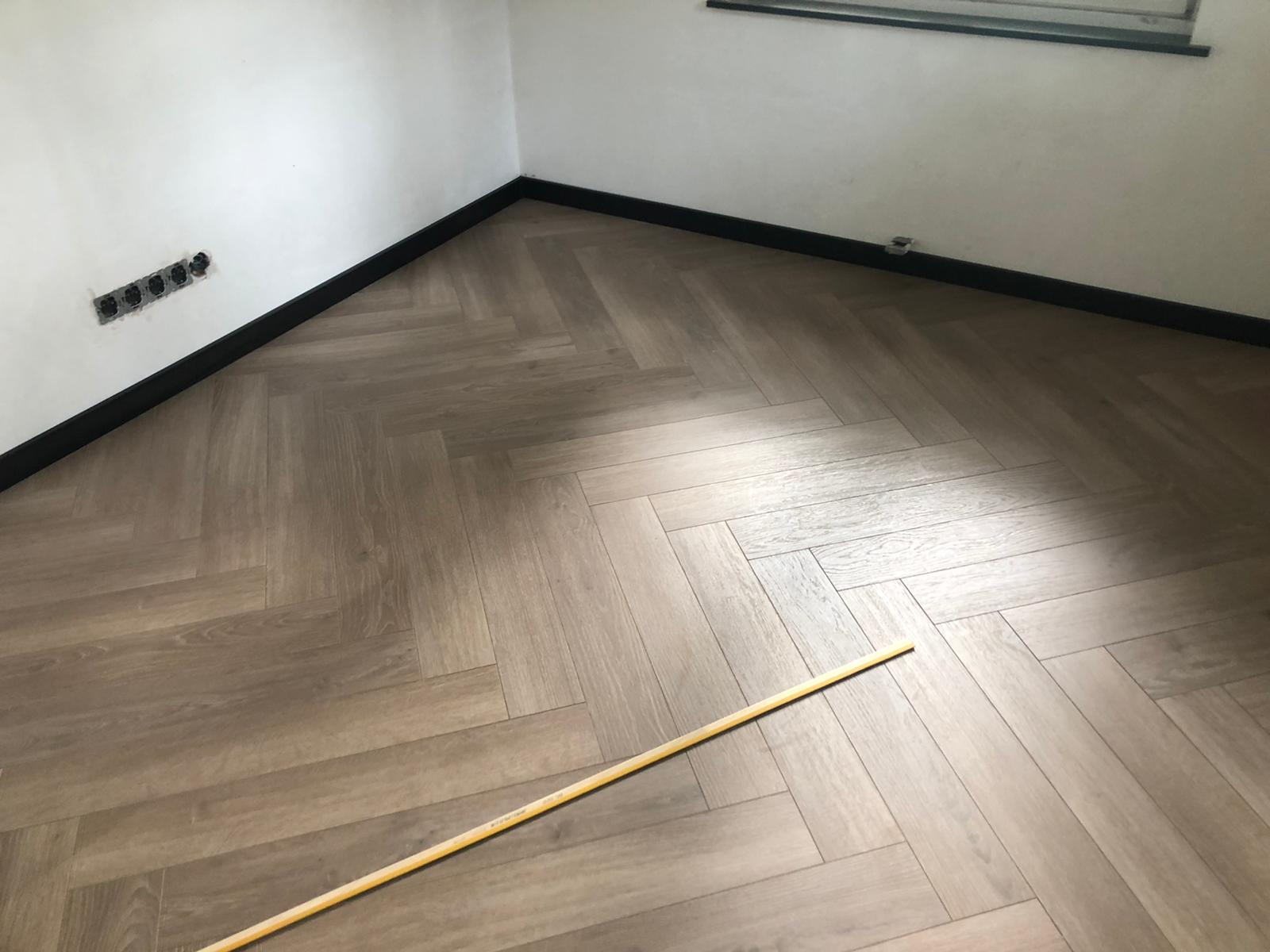 35 m² Gerookt Eiken Wit Geolied te Roggel