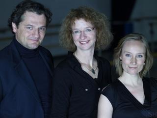 Bernhard Berchtold, Tenor / Jeannette La-Deur, Klavier / Berit Barfred-Jensen, Sopran