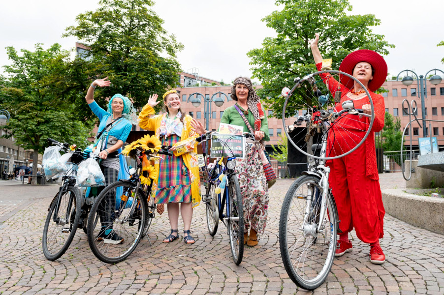 Nix wie raus GEDOK-Performance 17.07.2021, Karin Huttary, Solange Komenda, Ursula Zetzmann, Rita Huber-Süß; Foto: Tanja Meissner