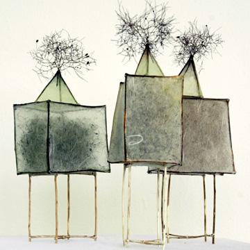 STRUKTUREN und VERZWEIGTES: Christa Dihlmann - Objekte mit Naturmaterial