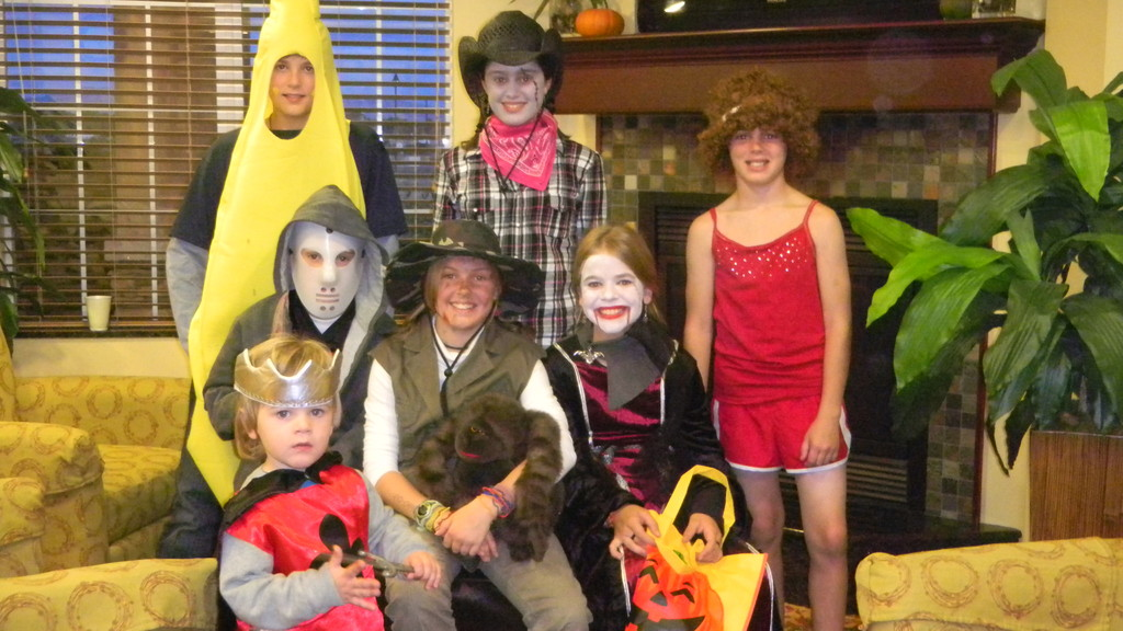 top: banana, scary cowgirl, richard simmons.  bottom: knight, jason, safari guide, vampire