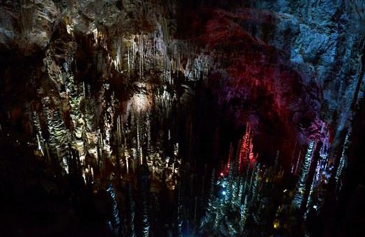 Grotte-de-l'Aven-Armand