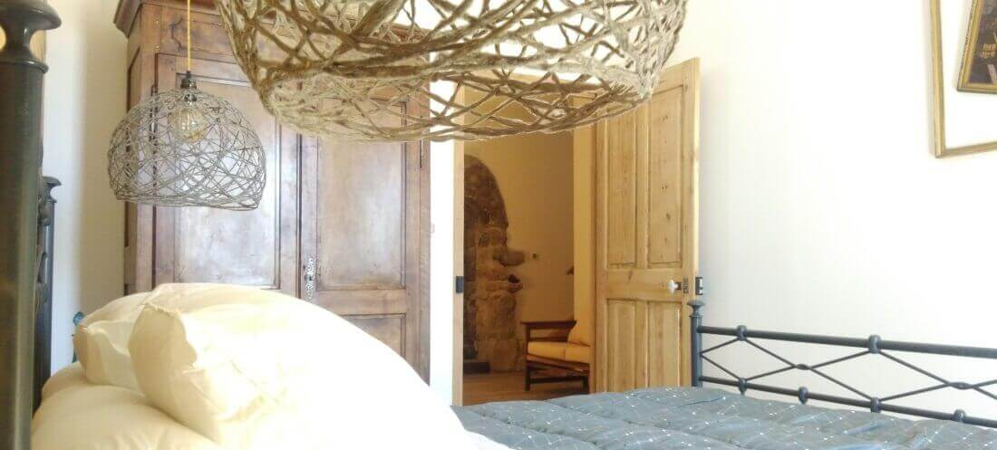 Chambre cosy avec loggia et vue montagne