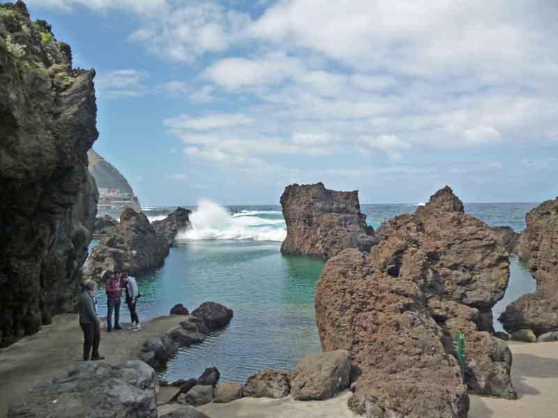 Bild 38 An der Felsenküste von Porto Moniz