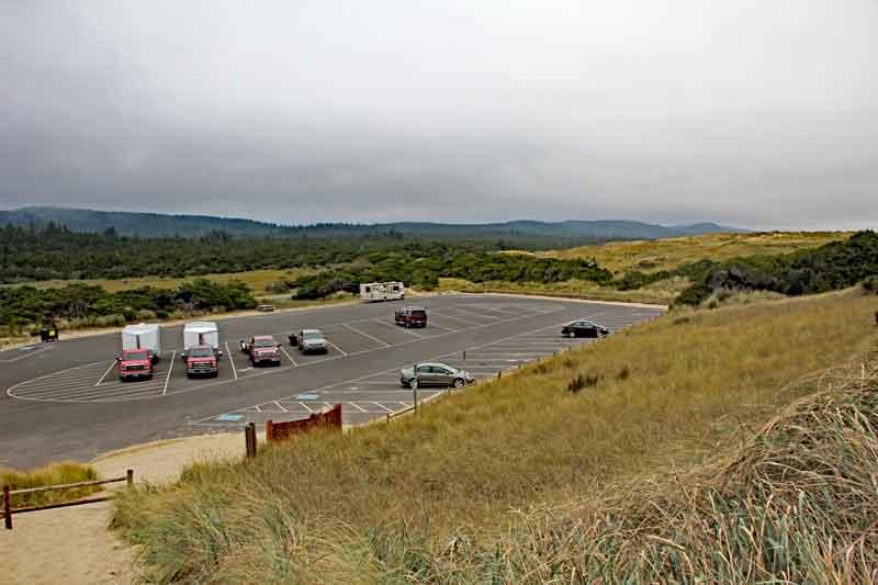 Bild 11 Pause auf einem Parkplatz an den Dünen in der Nähe von Dunes City