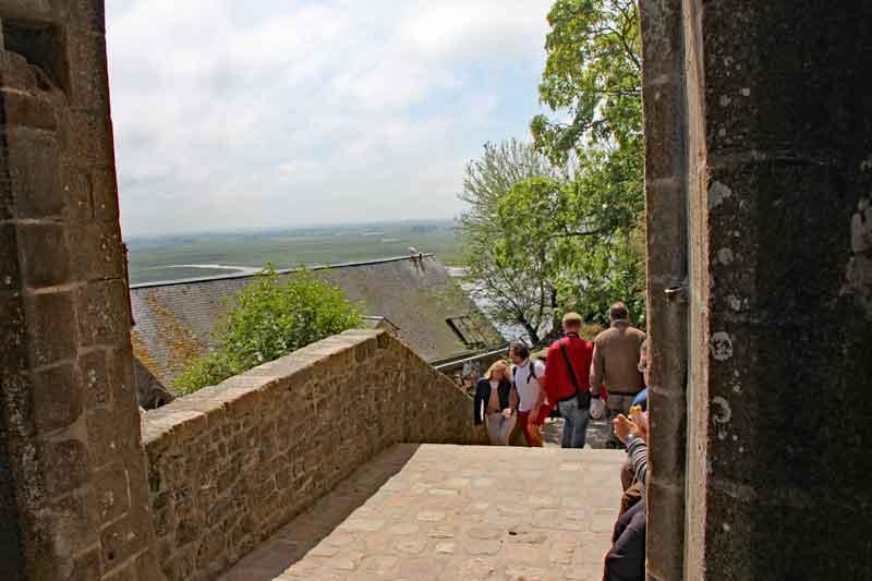 Bild 21 Nach oben zur Abtei von Mont-Saint-Michel