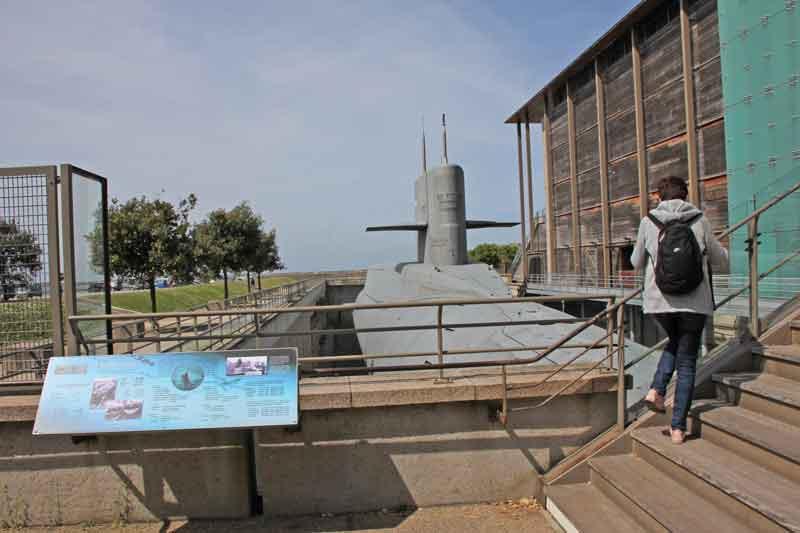 "Bild 7 Besichtigung des Atom-UBoots ""du Redoutable"" in Cherbourg"