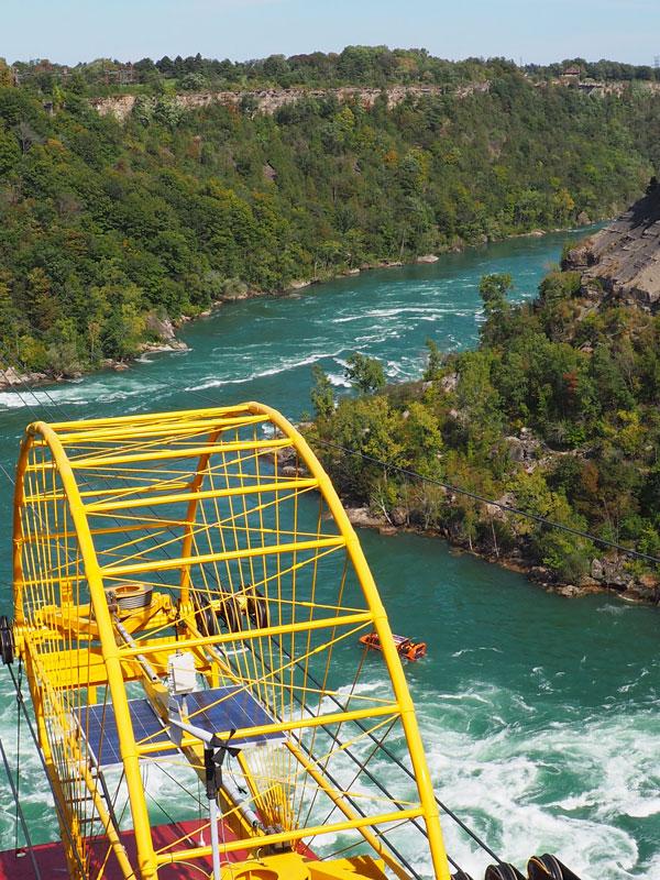 """Bild 5 Blick auf die Seibahn die über den """"Niagara Whirlpool"""" führt"""