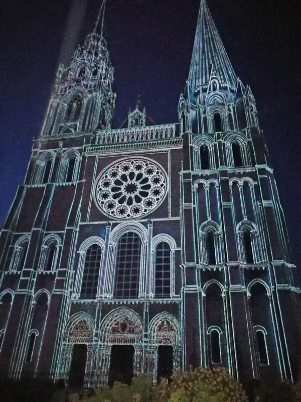 Bild 35 Lightshow auf der Kathedrale in Chartres