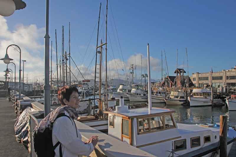Bild 45 Margit blickt über den Fischereihafen