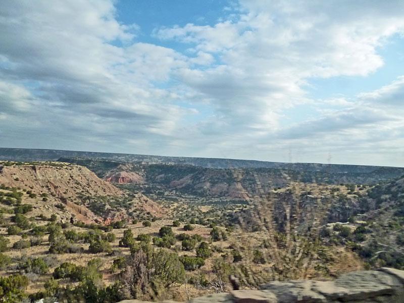 Bild 24 Blick in den Canyon bei der Fahrt nach unten