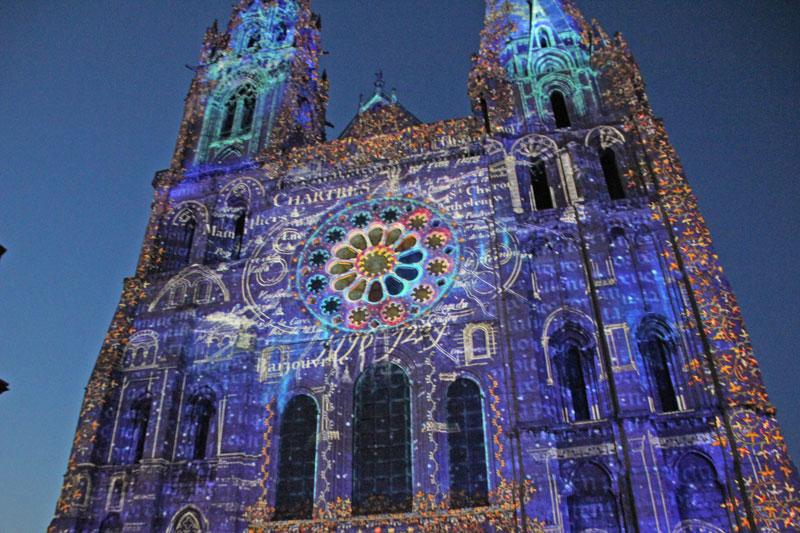 Bild 23 Lightshow auf der Kathedrale in Chartres