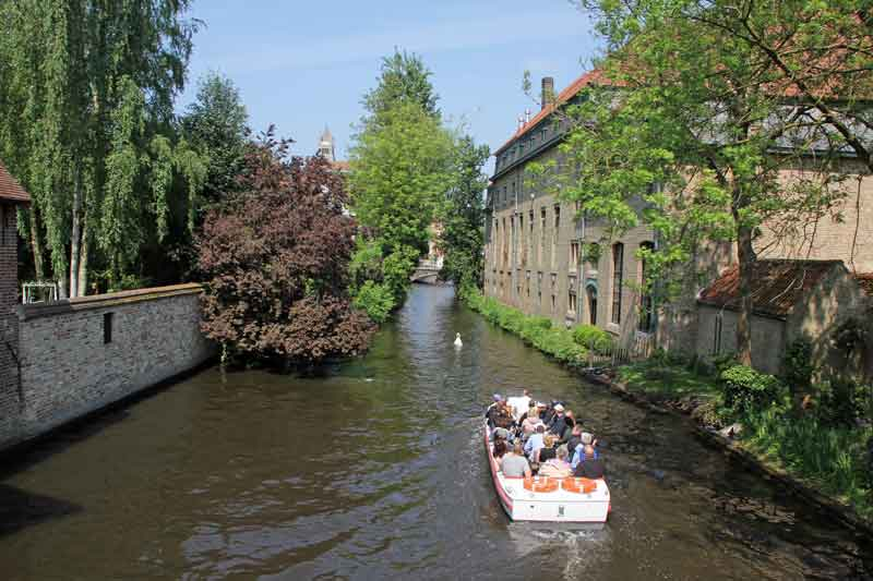 Bild 49 Kanal am Beginen Hof in Brügge