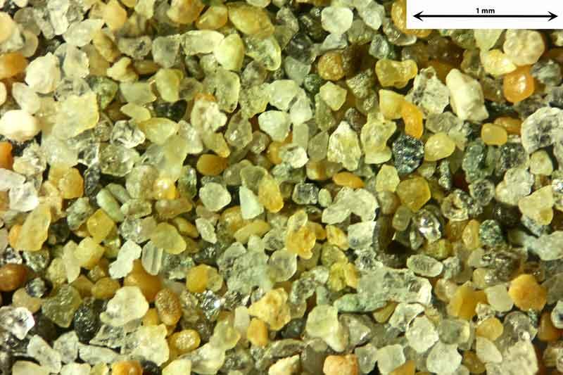 Bild 1 Sand aus Narbonne/Südfrankreich vom Badestrand, Objektiv Zeiss Plan 2,5/o,o8 Auflicht