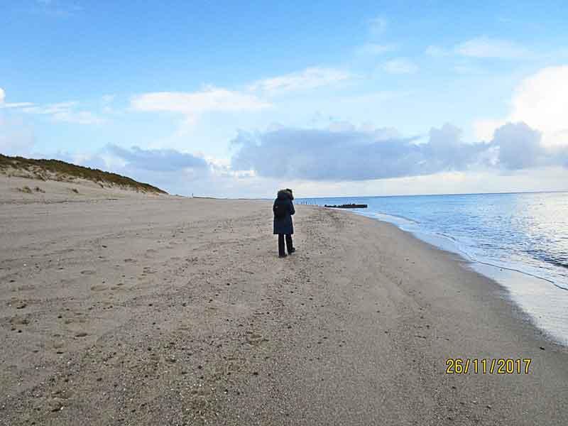 Bild 11 Durch den Sand immer am Rande der Nordsee entlang