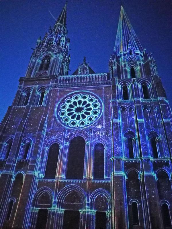 Bild 27 Lightshow auf der Kathedrale in Chartres