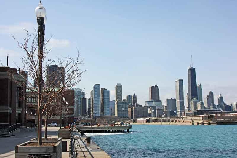 Bild 30 Blick vom Navy Pier am Ufer des Michigan Sees