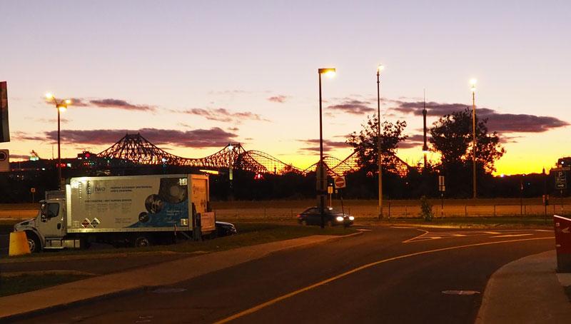 Bild 43 Abendimpressionen von der Metrostation zum Campground
