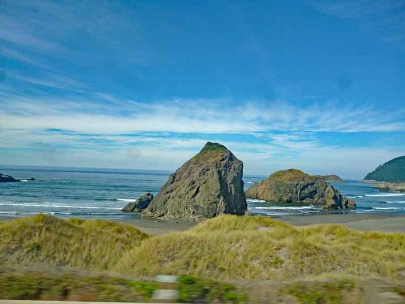 Bild 8 Immer wieder tolle Blicke auf die Küstenlandschaft in Oregon