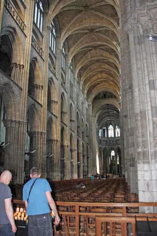 Bild 26 In der Kathedrale von Rouen