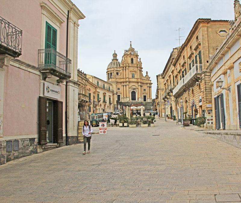 Blick auf den Dom in Ragusa