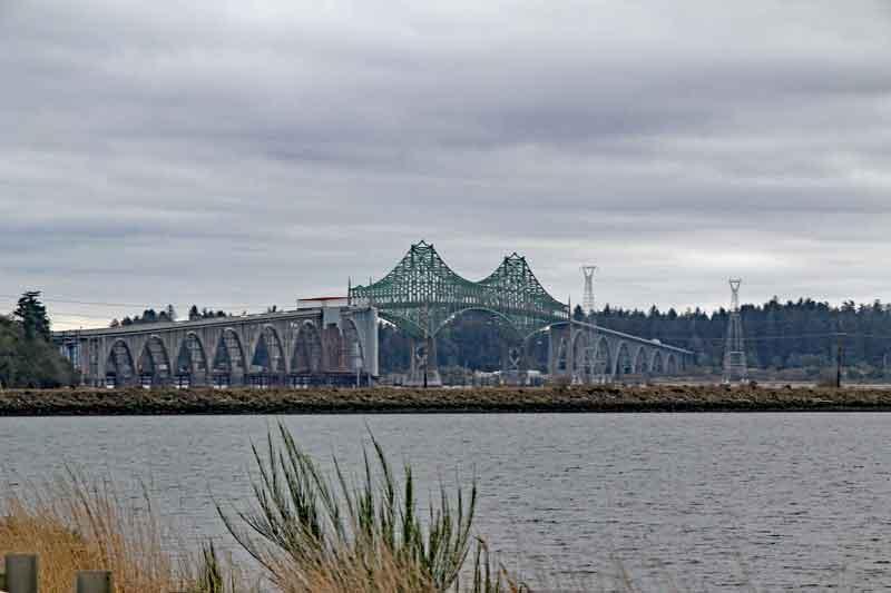 Bild 21 Blick auf eine Brücke, auf dem Rückweg zum Stellplatz im Bandon Bullards Beach Campground