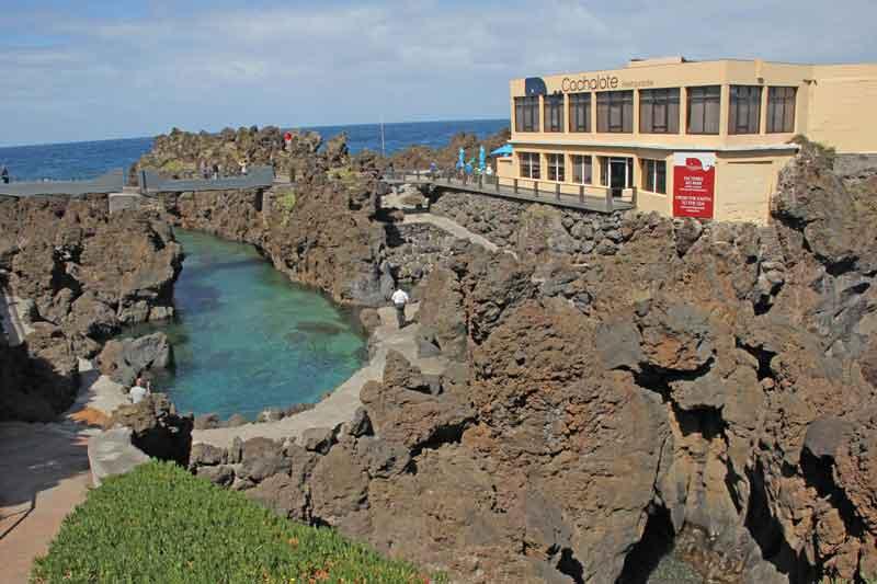 Bild 23 Restaurant an der Felsenküste von Porto Moniz