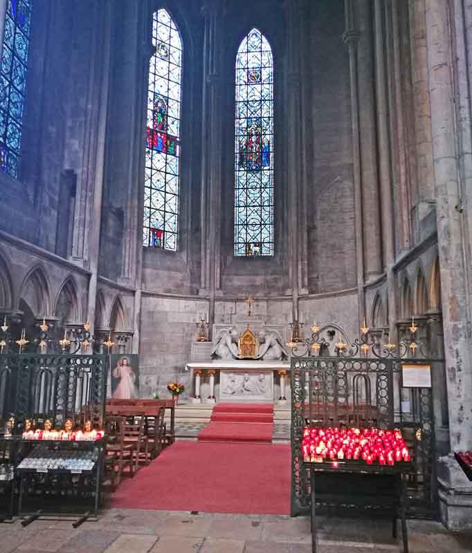 Bild 21 In der Kathedrale von Rouen